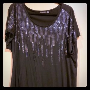 Black short sleeve shimmering T-shirt